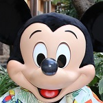 海外ディズニーへの無料航空券=何マイル?