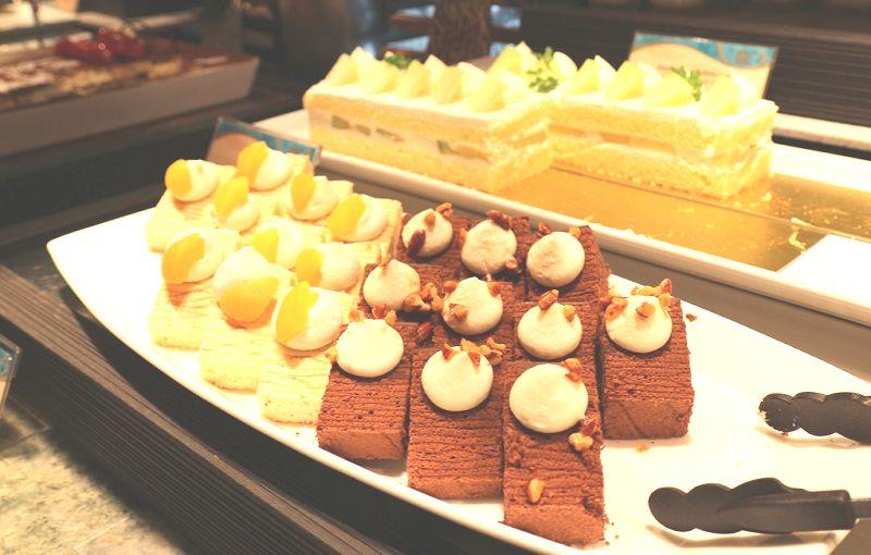 ミラコオチェーアノケーキ